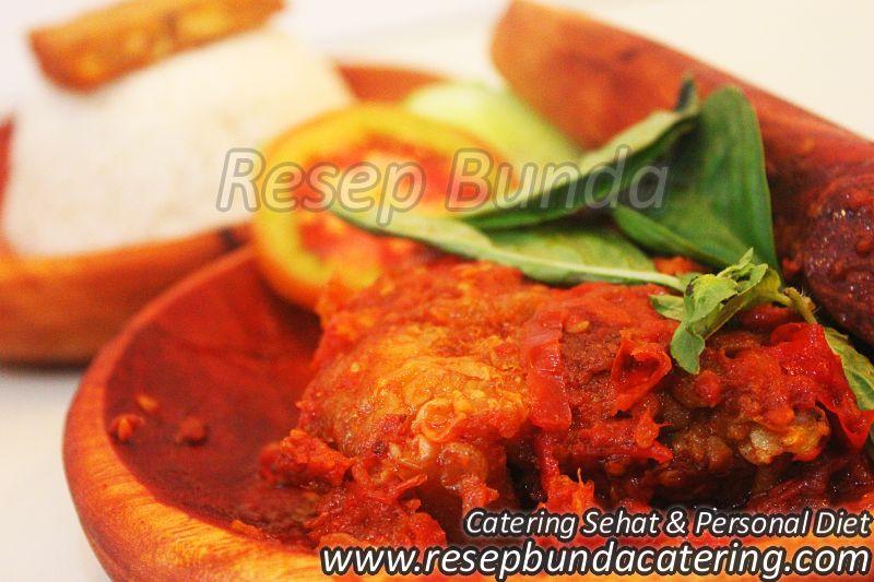 Menu Catering Nasi Box : Ayam Penyet