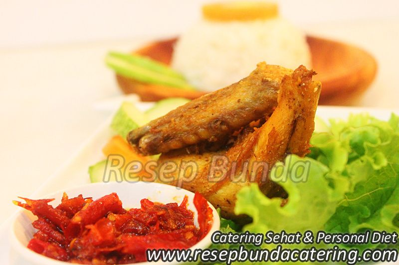 Menu Catering Nasi Box : Ayam Goreng