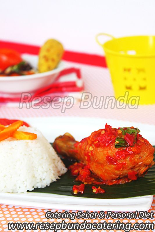 Menu Catering Nasi Box : Ayam Rica