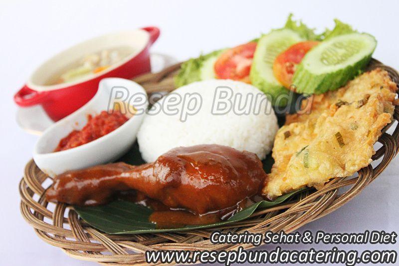 Menu Catering Nasi Box : Semur Ayam