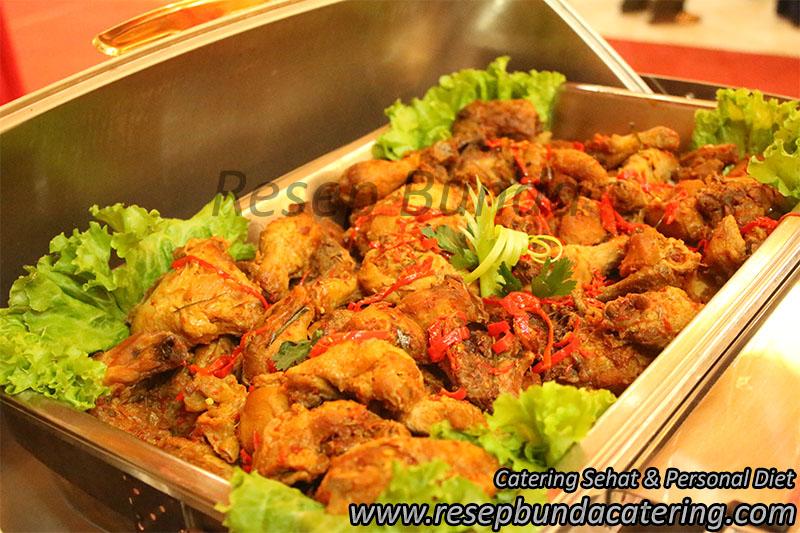 Menu Buffet : Ayam Bumbu Bali