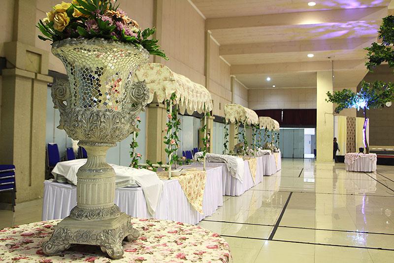 Stall Wedding